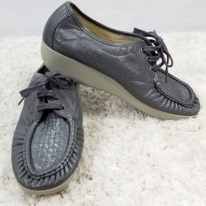 Womens SAS Gray Leather Shoes Size 10 M